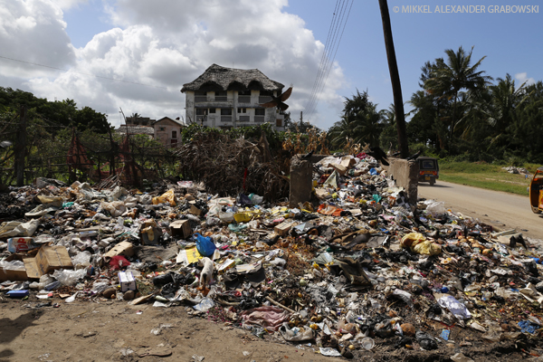 Garbage in malindi. Photo © Mikkel Alexander Grabowski